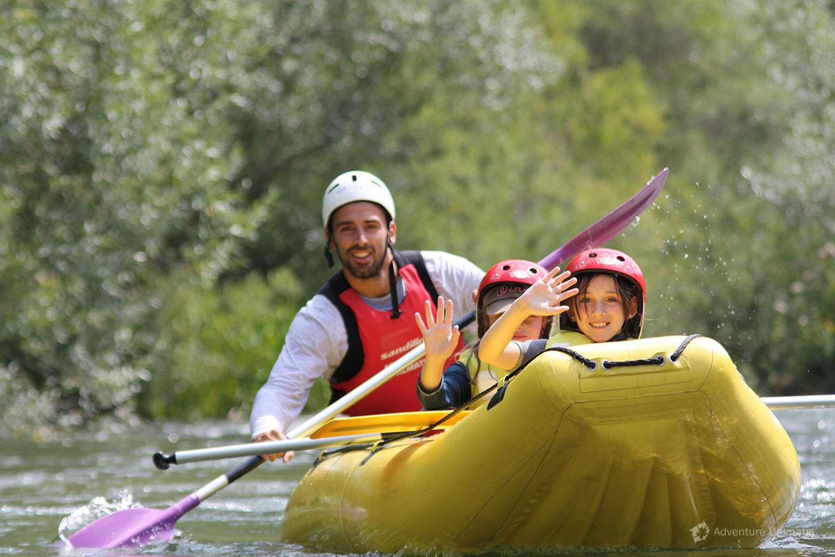 School & Youth adventures - Rafting on Cetina river