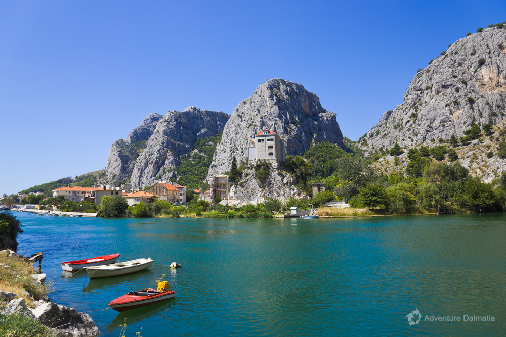 Cetina river flows into the sea in Omiš town