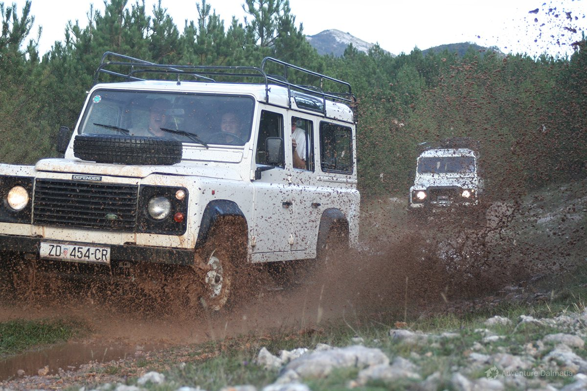 Exciting ride on Mount Velebit with jeeps