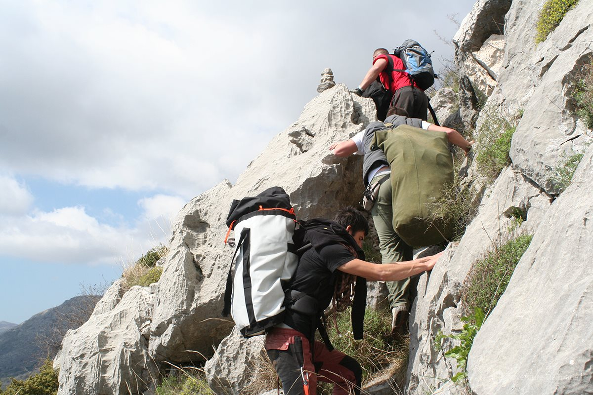 Preparing the climbing route