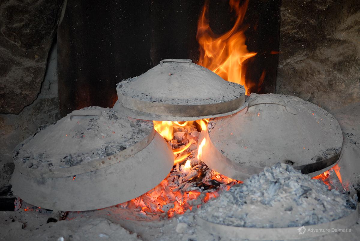 Baking lid is a usual way of preparing food in Croatia