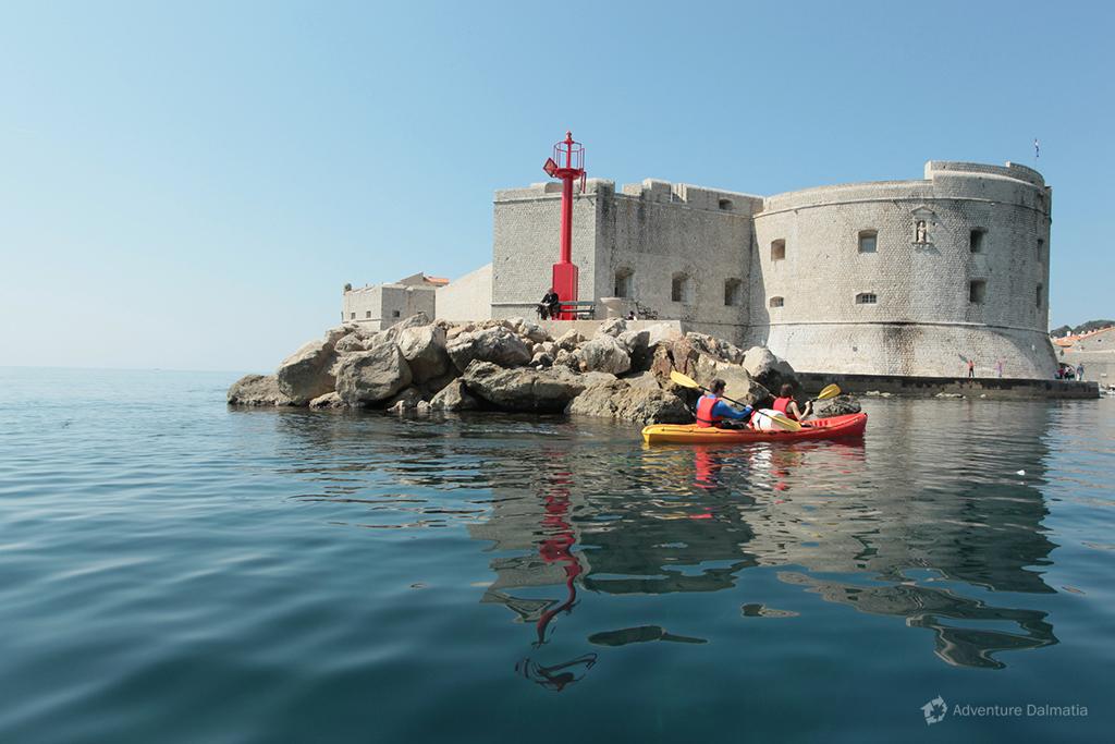 Kayaking around city walls