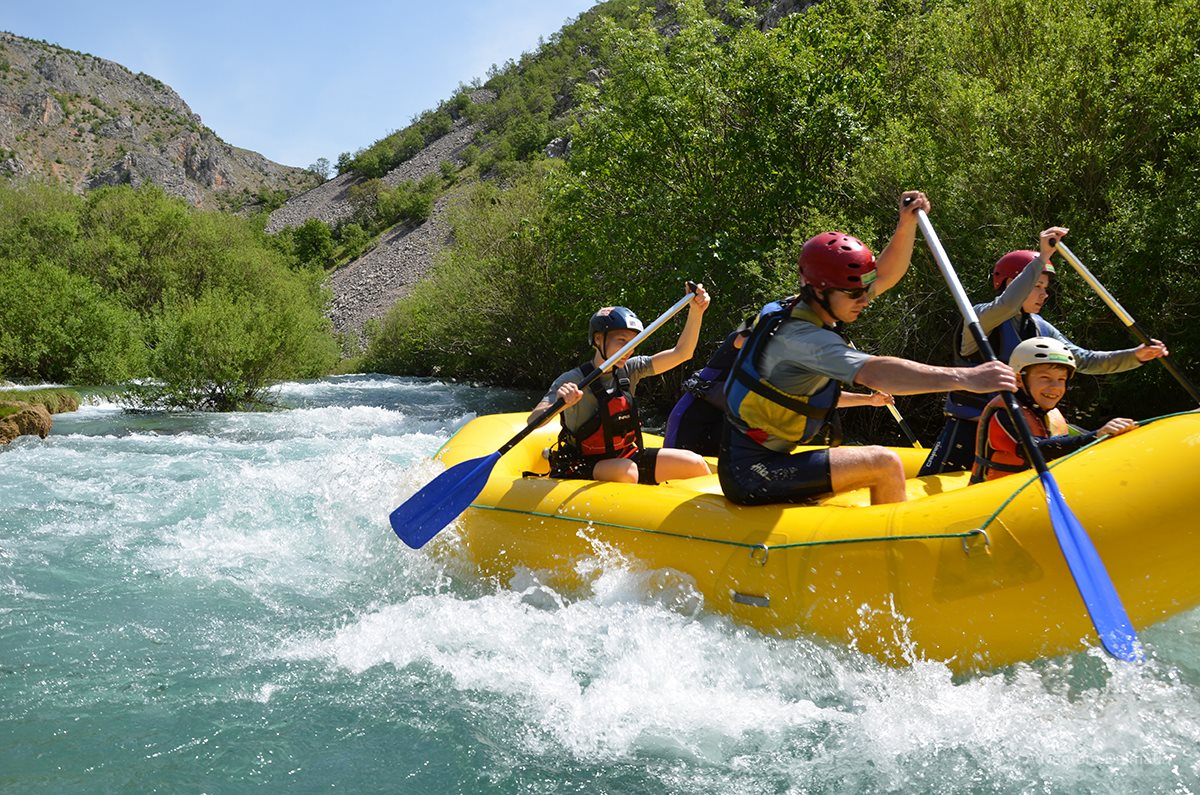 Zrmanja river - a trained guide is always with the group
