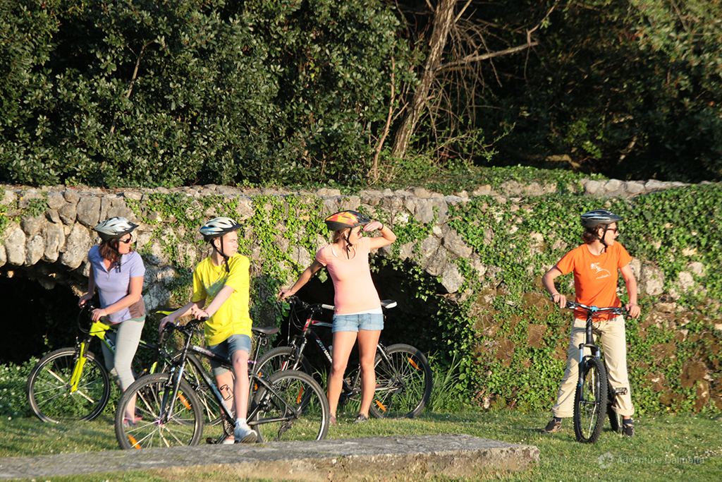 Biking & Wine tasting excursion in Konavle valley