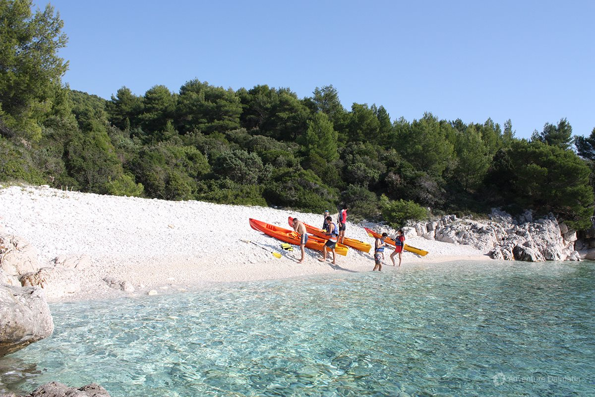 Sea Kayaking & Snorkeling tour on Hvar island