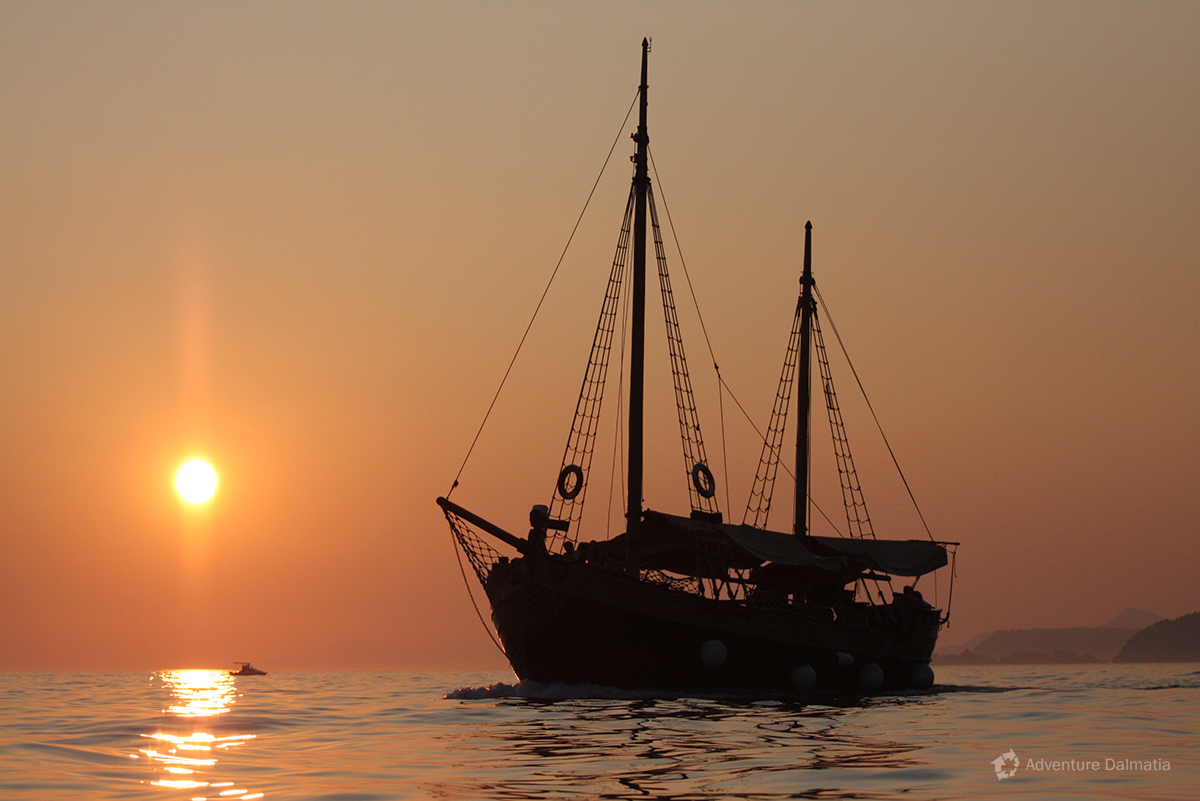 Ship on a beautiful sunset in Dubrovnik
