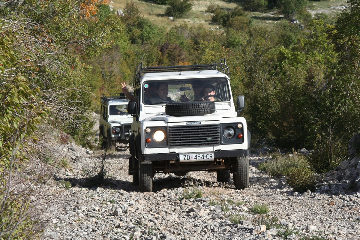 Defender jeep on a Velebit tour