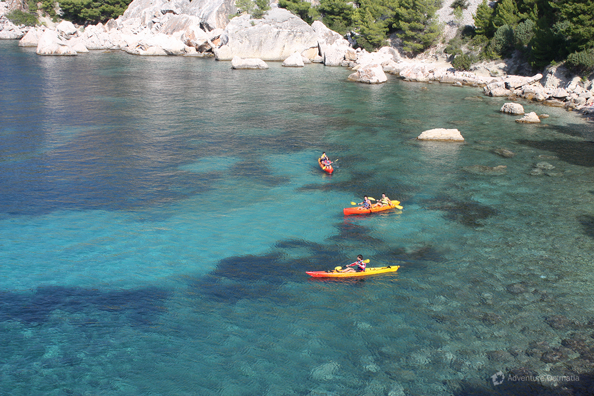 Kayaking tour aroud Pakleni islands