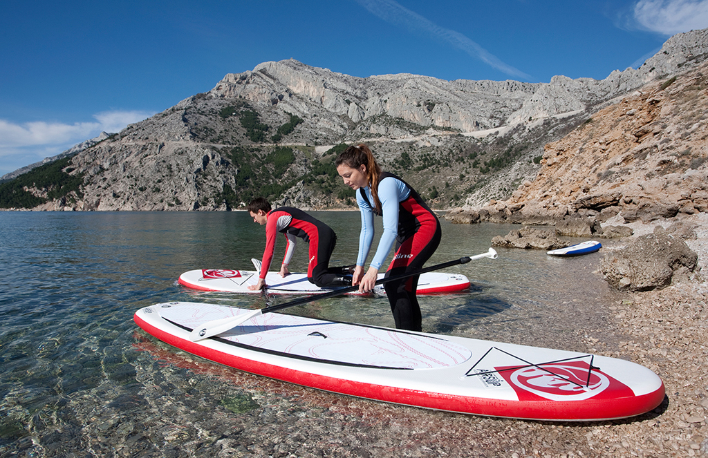 Stand up paddling tour Brela, available every day from Split city center