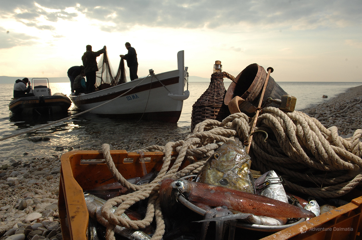 Fishing with traditional tools near Podgora on Makarska Riviera