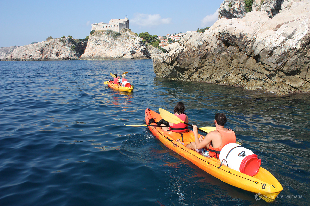 Sea kayaking in front of fortres Lovrjenac - Dubrovnik city walls kayaking