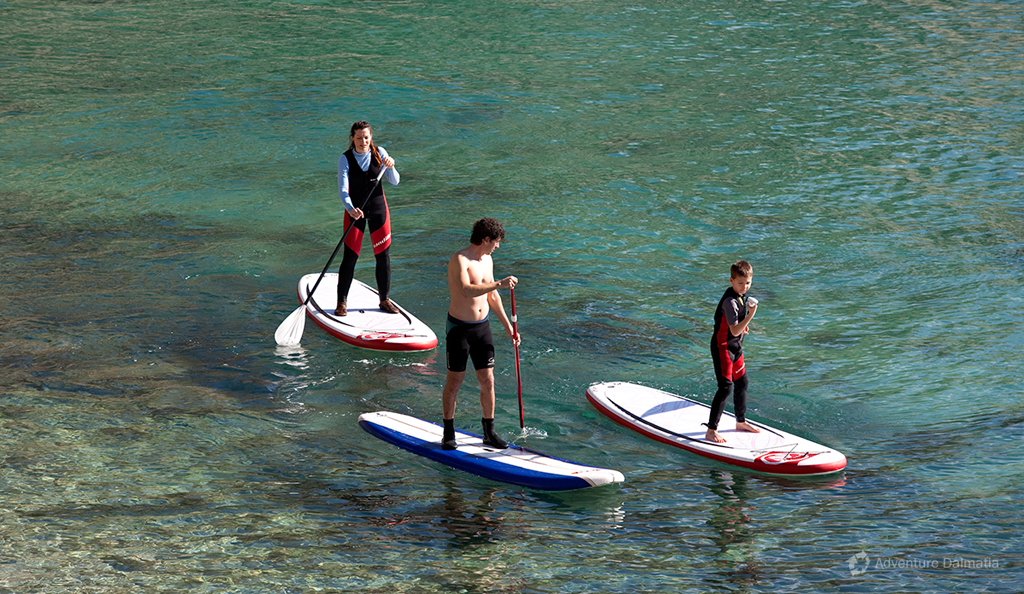 Stand up paddling is a relatively new activity suitable for both beginners and experts