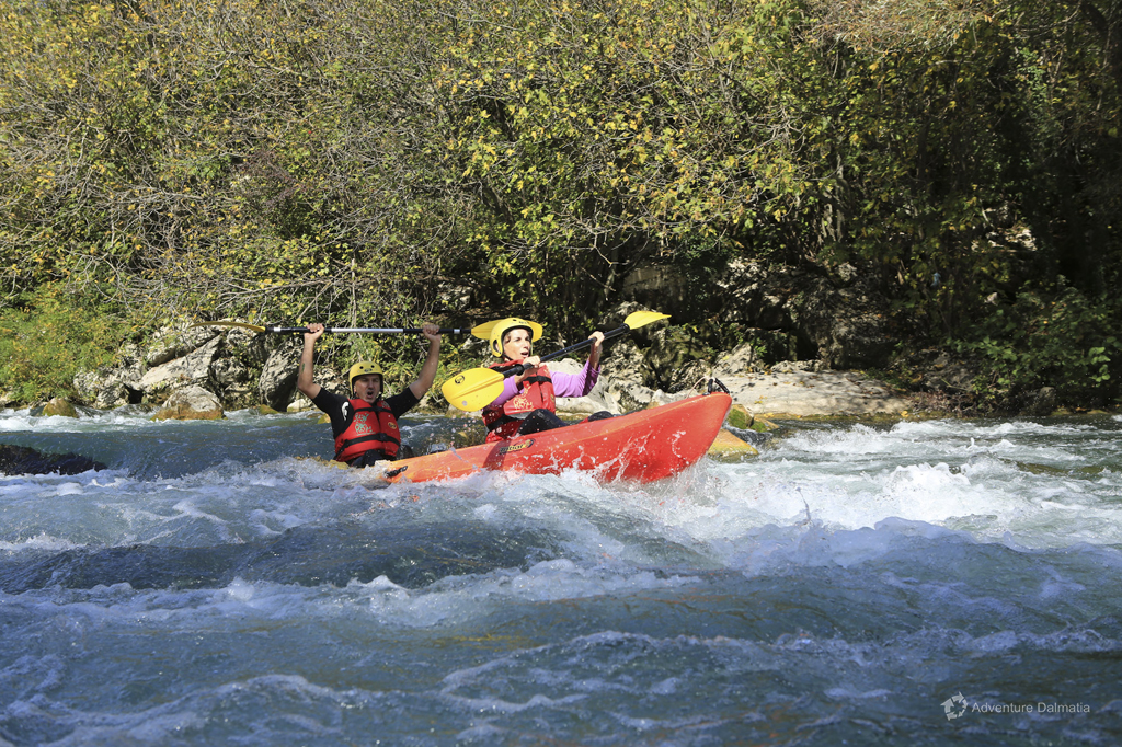 Cenoe Safari on Cetina River - thrill and excitement among rapids
