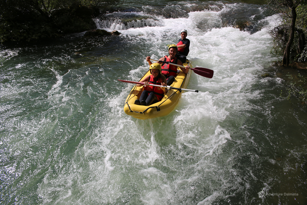 Every day departures for the rafting activity from the city of Split