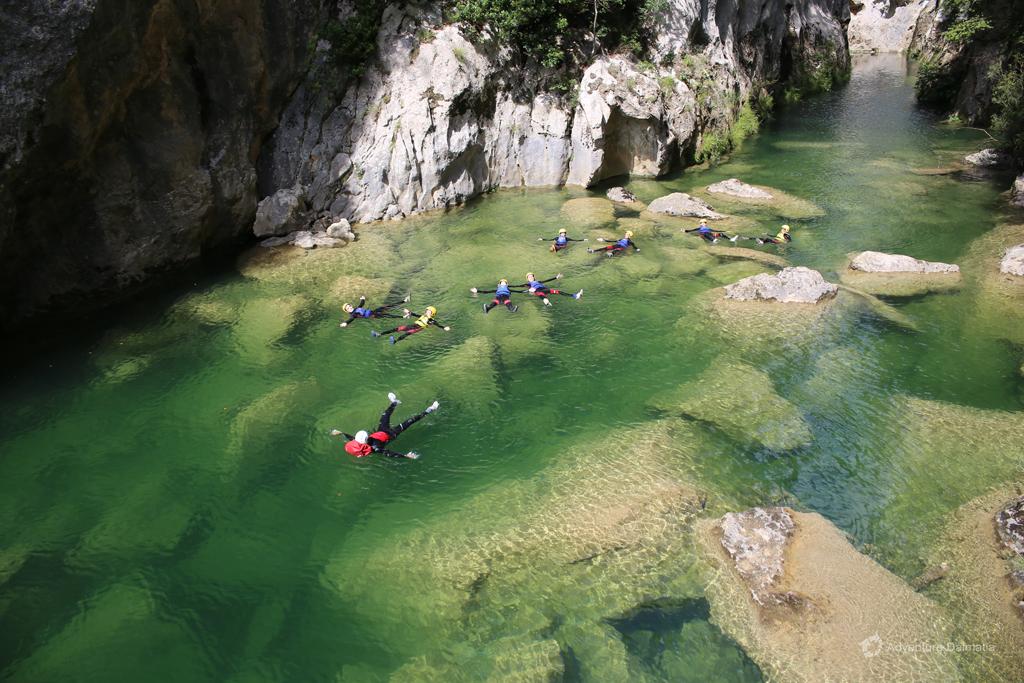 Floating through the Canyon, Extreme Canyoning