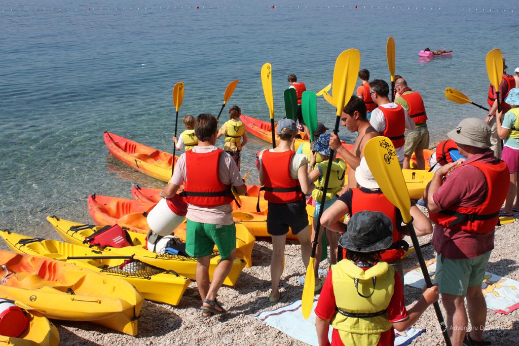 Getting ready to start kayaking in Brela