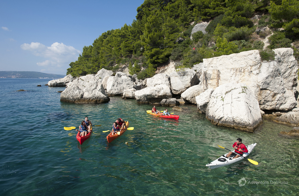 Great scenary on a kayaking tour, cliffs and clean water, Split kayaking