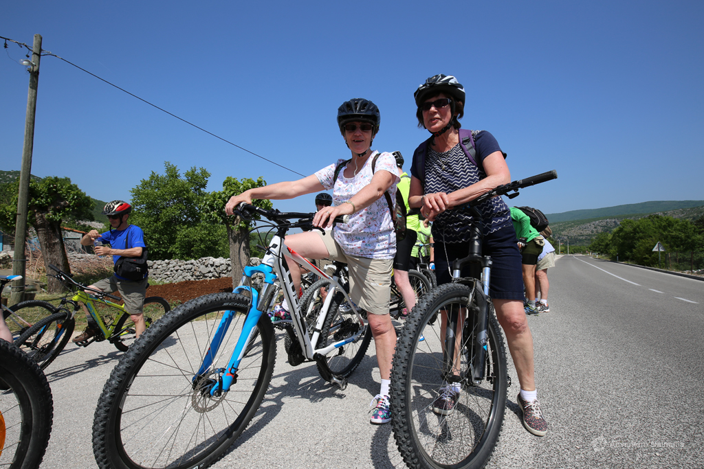Biking Dalmatian hinterland