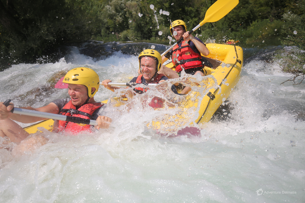 Brave enough to be on the first place in a raft - Rafting grade 2 and 3 on Cetina river