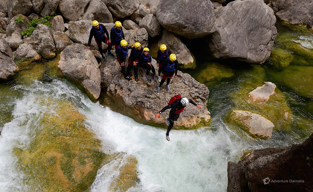 Jumping into the jacuzzi, Cetina river