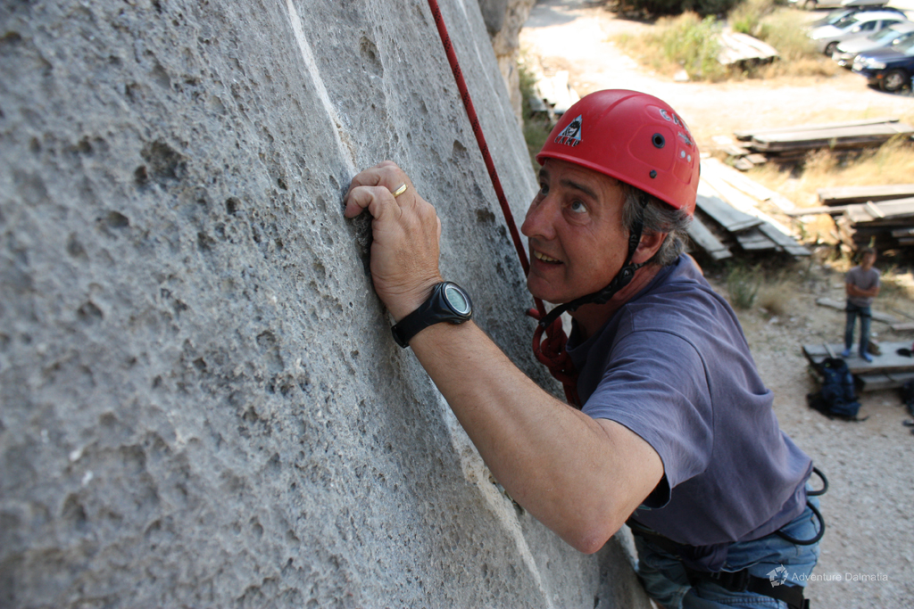 Rock climbing is an nteresting activity that will keep you focused the whole time