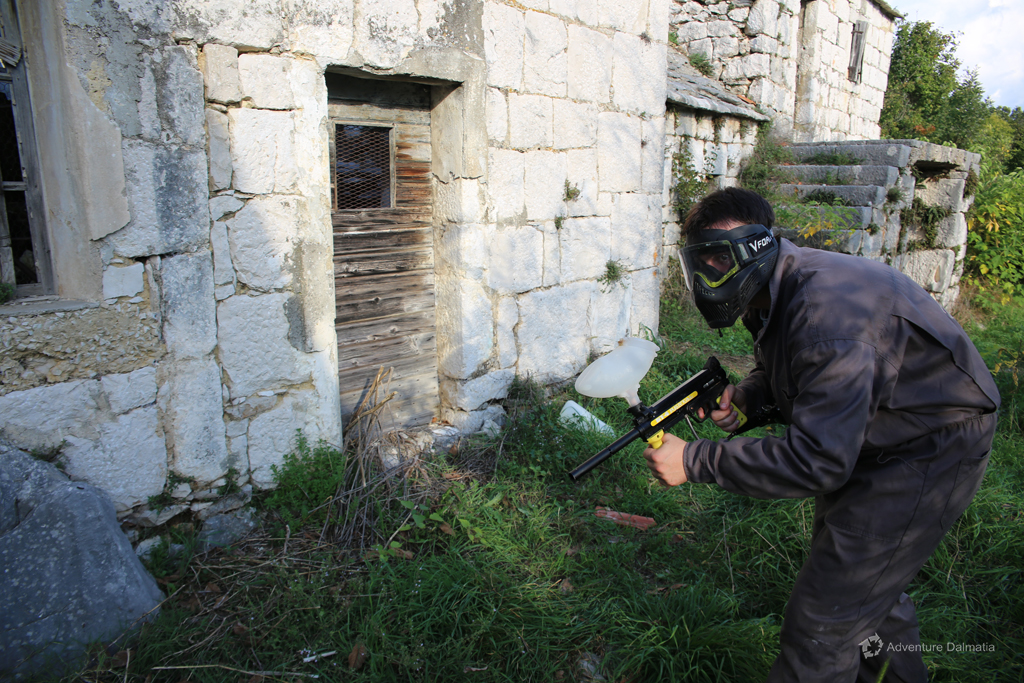 Sneaking around stone houses, Paintball activity