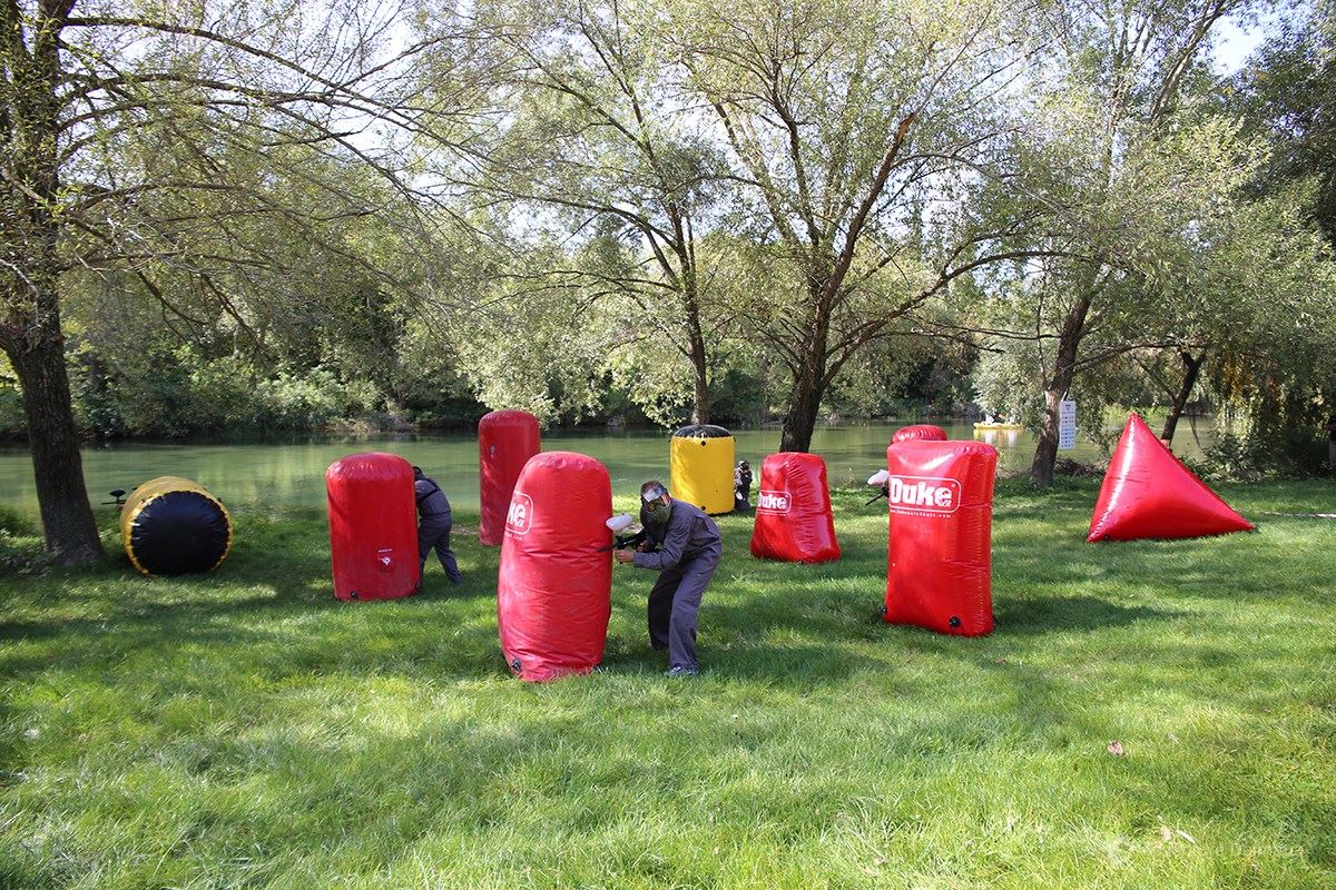 Team building games - Adjusted paintball field