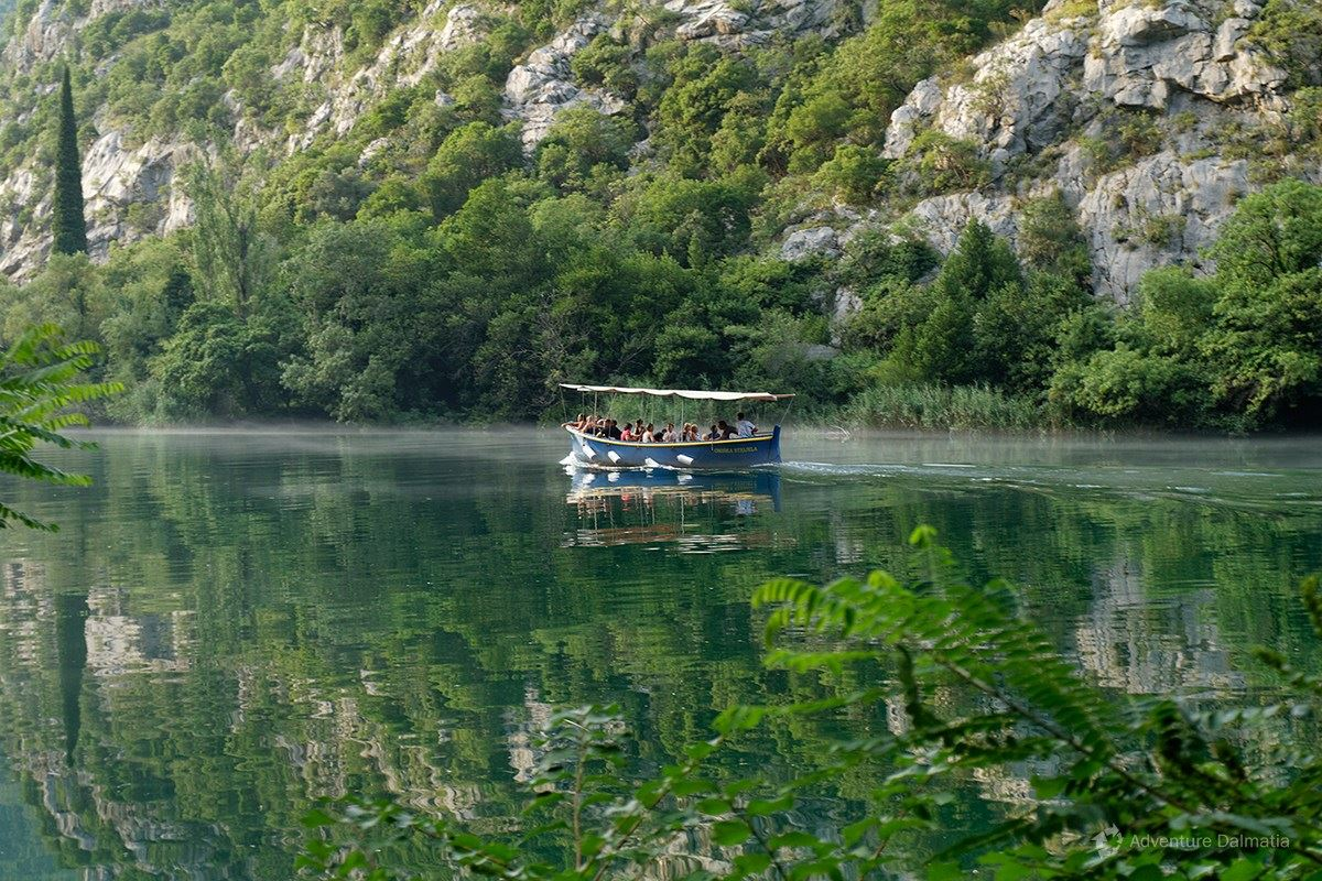Calm part of the Cetina river near Radmanove mlinice