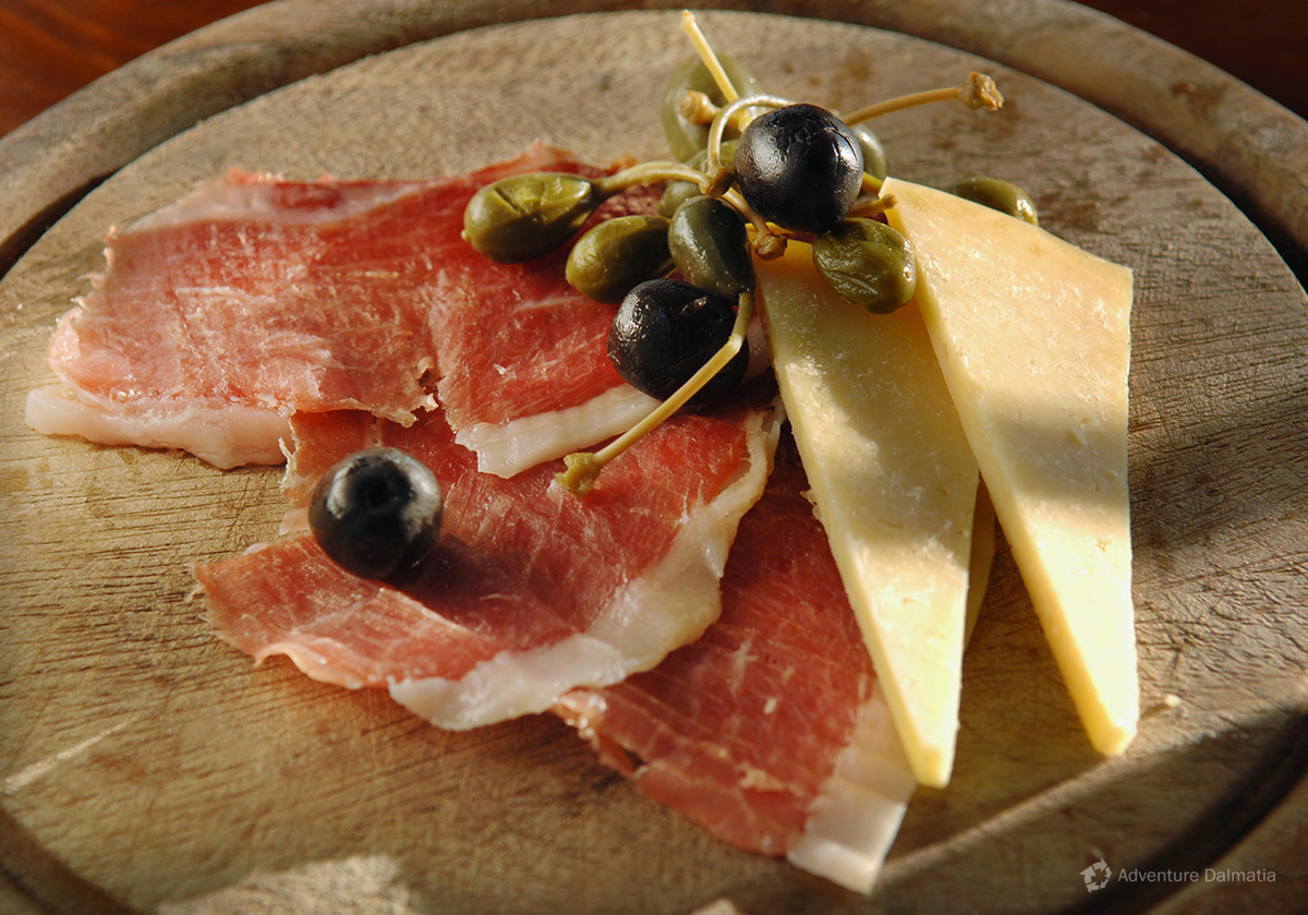 Prosciutto and cheese, traditional Croatian dish