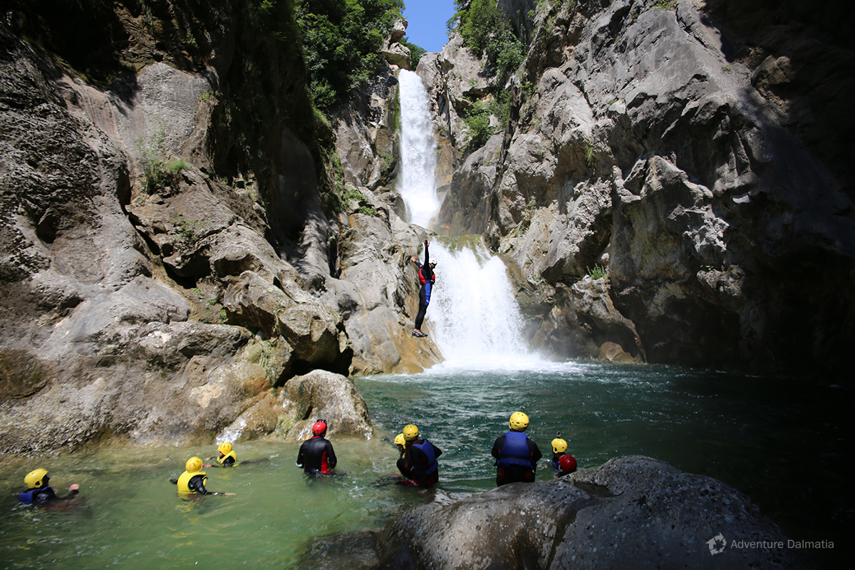 Jumping from the rock at Velika Gubavica waterfall - optional