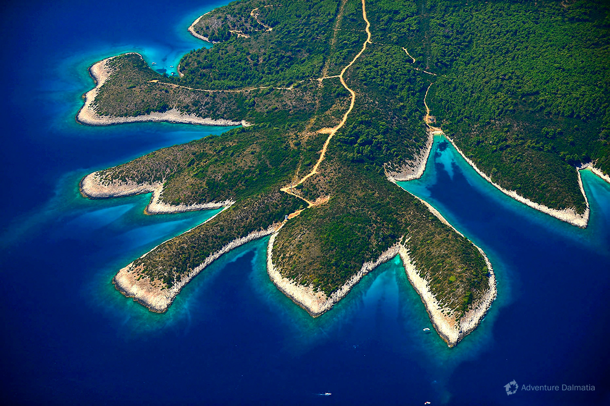 Hidden bays on the north west part of Hvar island available only with a boat or a kayak