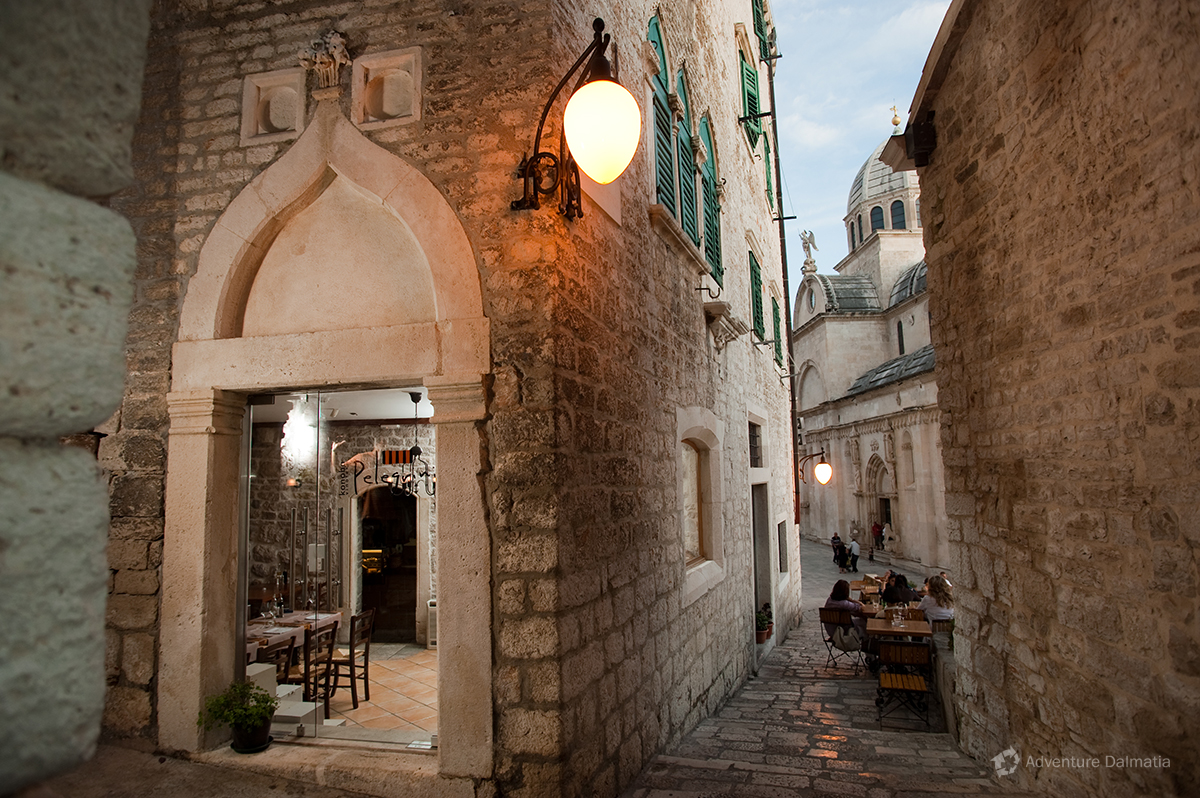 Old narrow streets of šibenik city