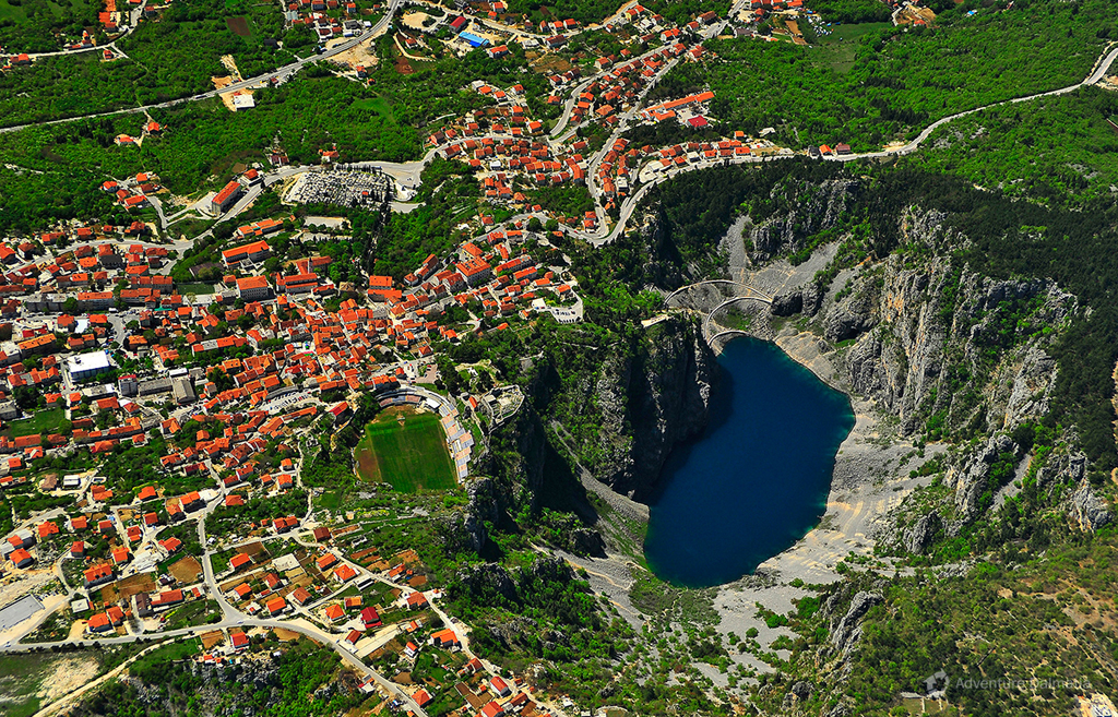 The Blue lake and Imotski city are situated 30 min driving distance from Zadvarje village.
