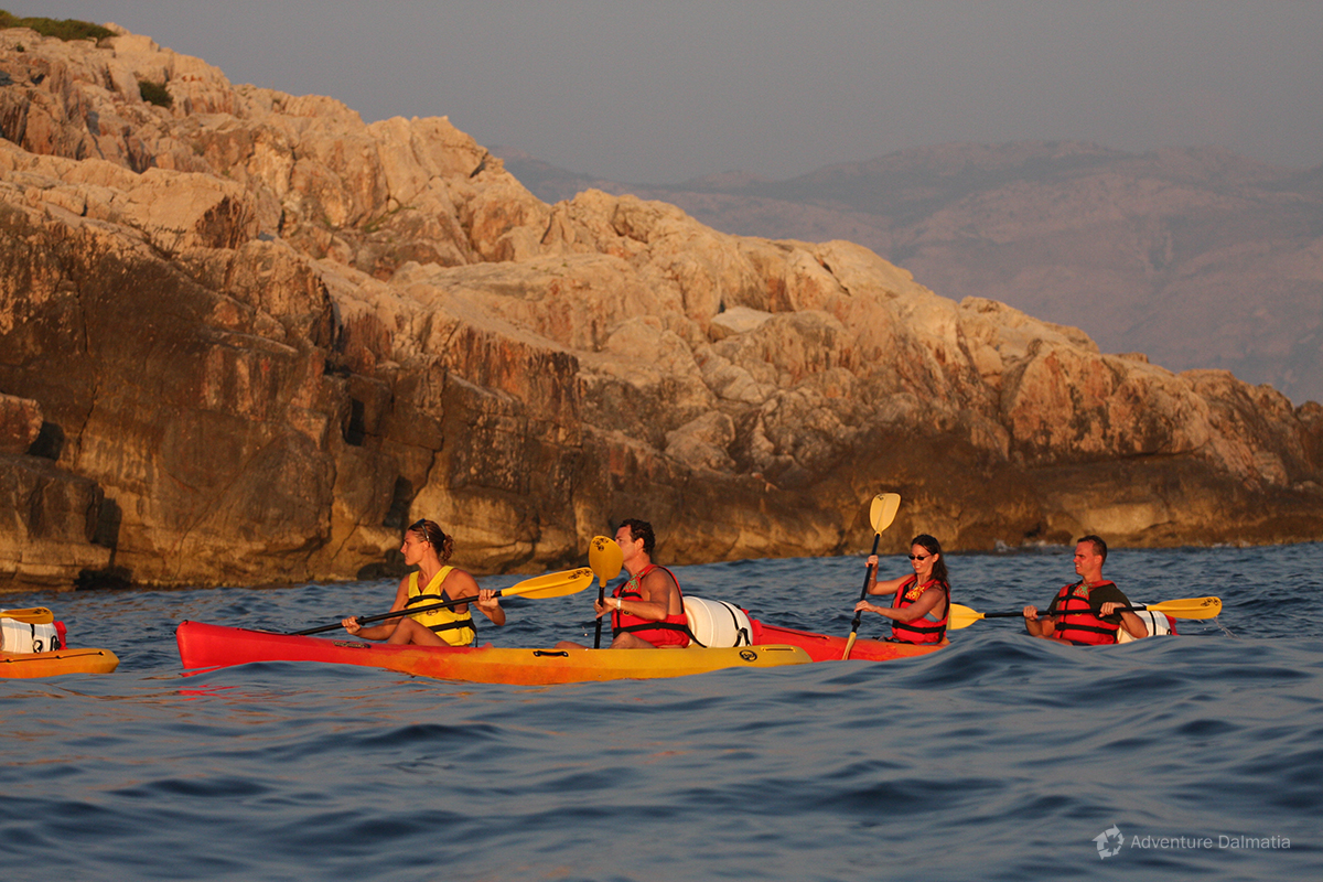 Sunset Sea Kayaking tour in Dubrovnik