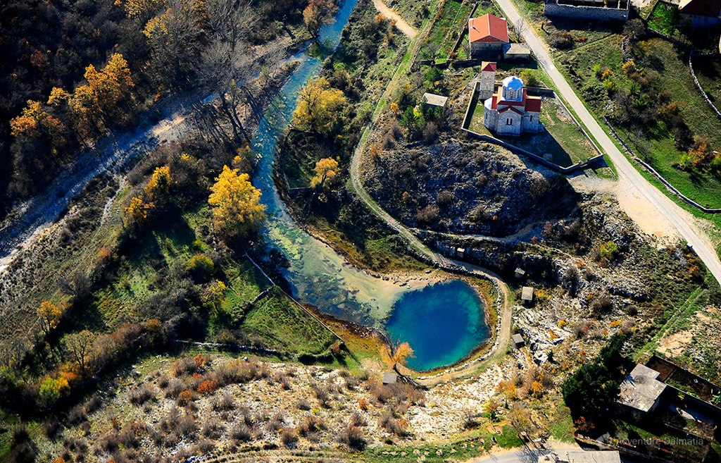The spring of Cetina river.