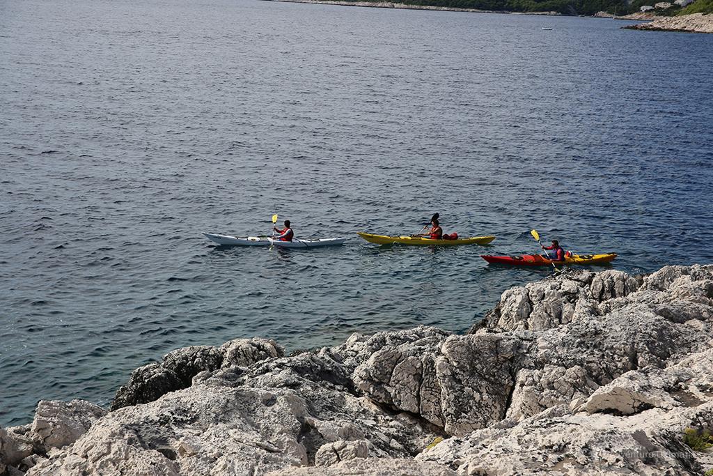 Island of Brač sea kayaking.