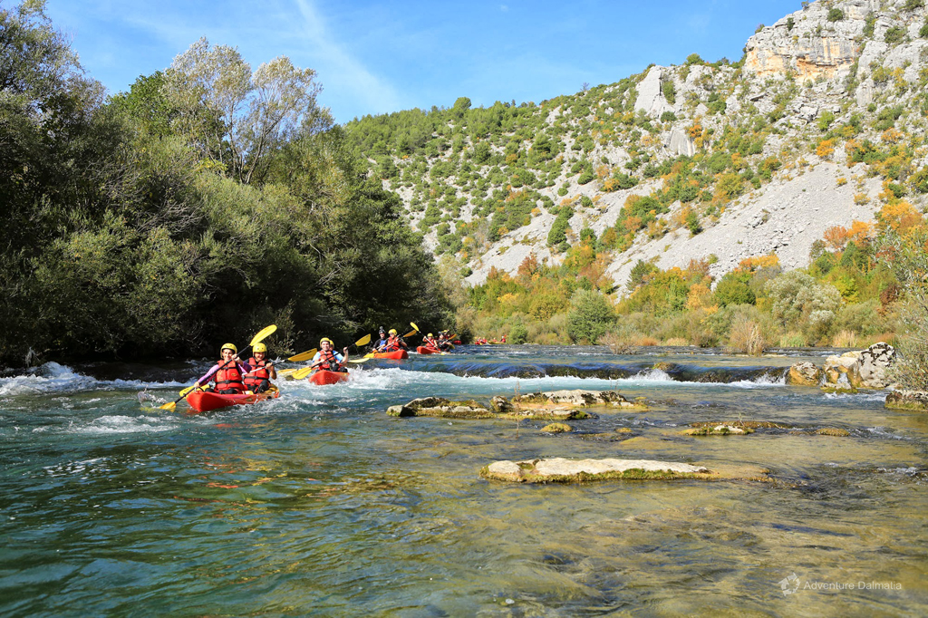 Canoe safari on Cetina River - following your guide