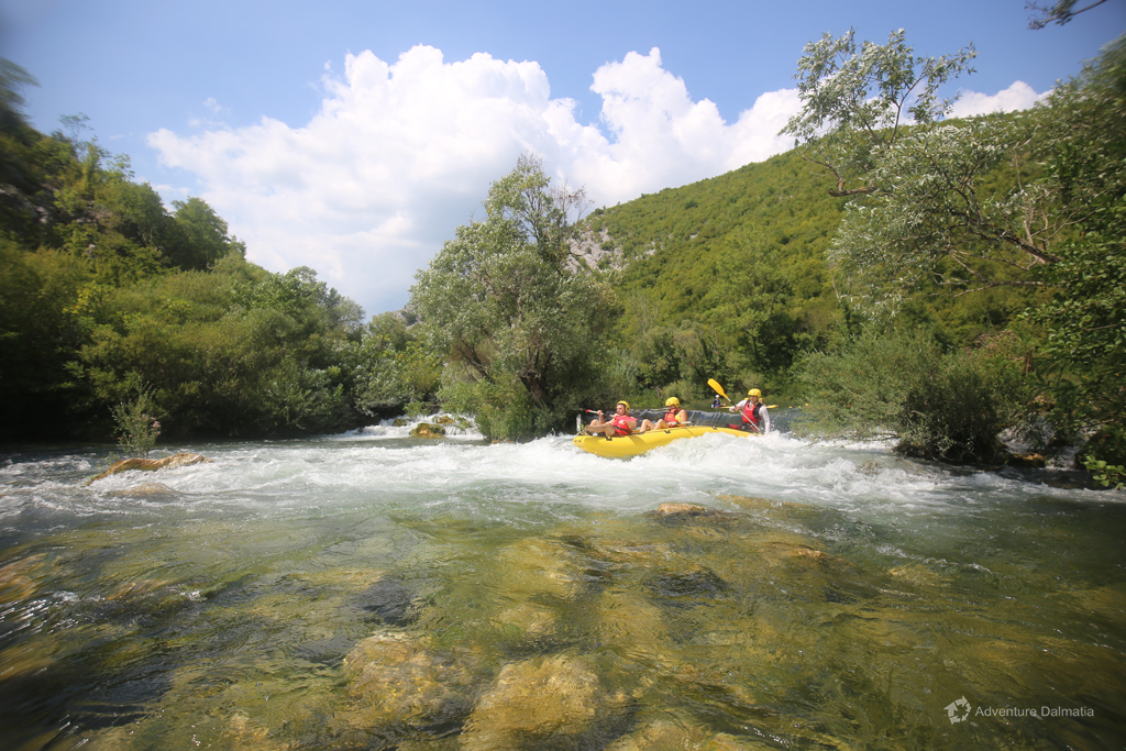 White water rapids on Cetina river