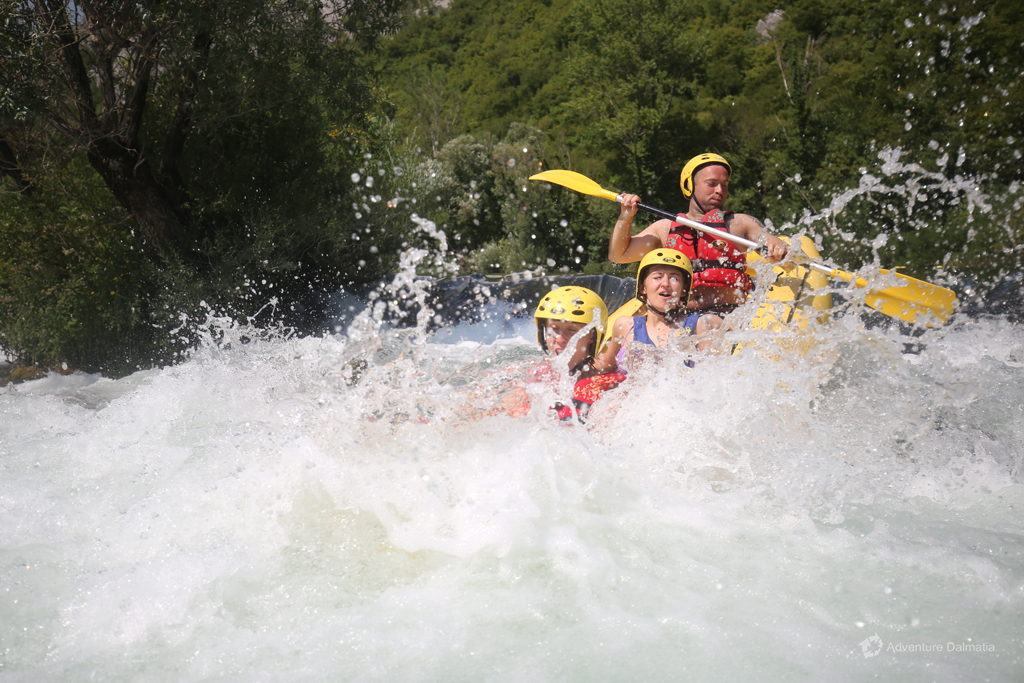 Every day departures for the rafting activity from the city of Split to Cetina river