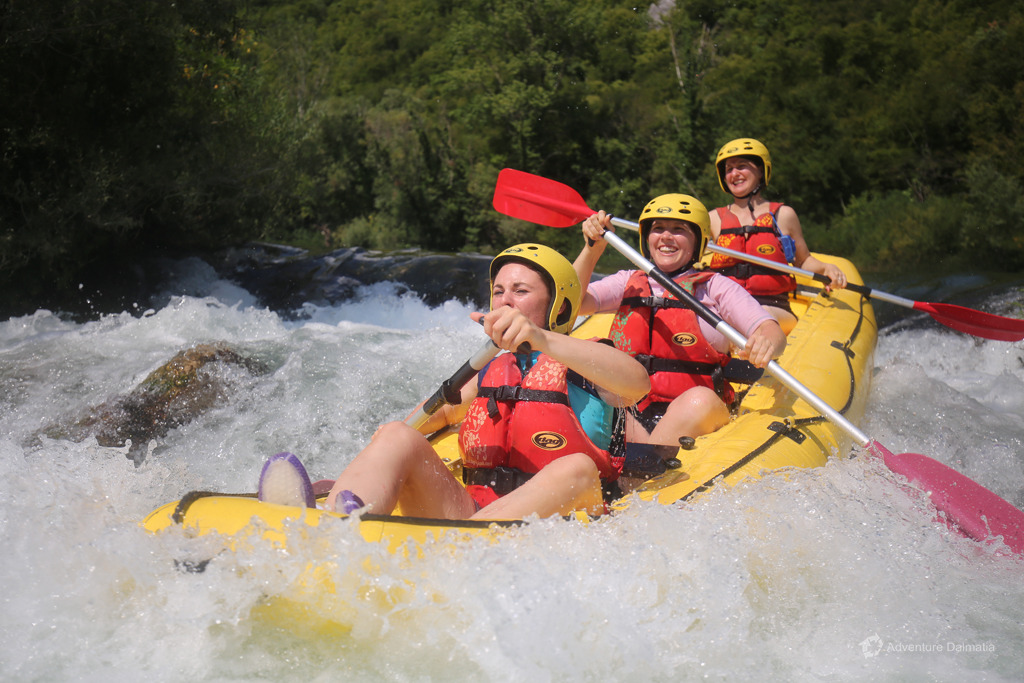 Rapids on Cetina river, level 2 and 3