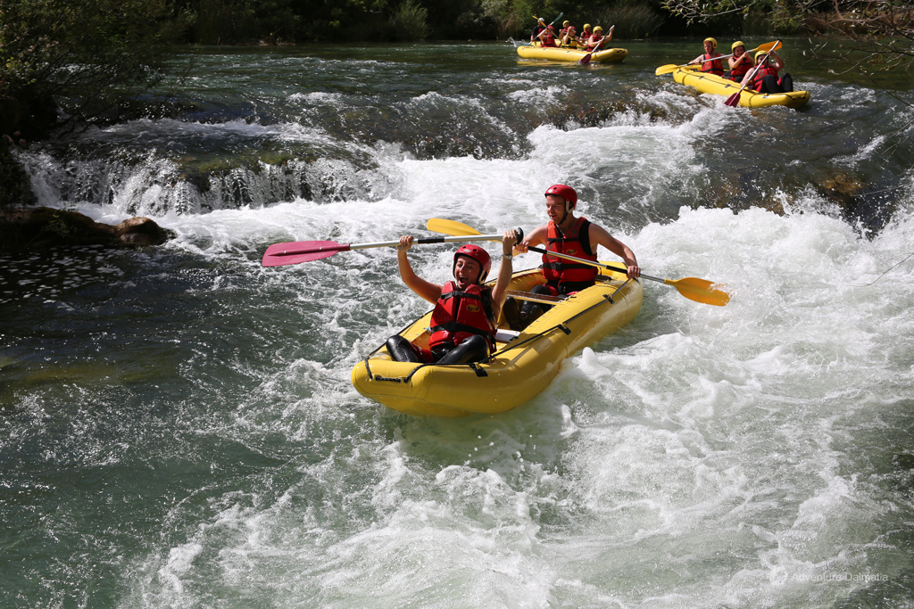 Rapids on Cetina River, rafting level 2 and 3