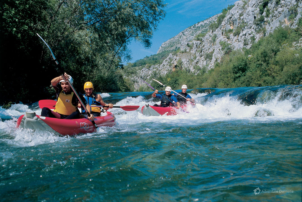 River canoe day tour on the Cetina river