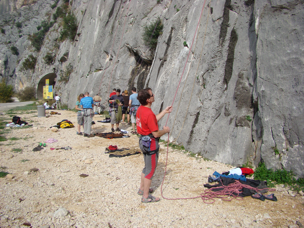 Rock climbing in Omiš