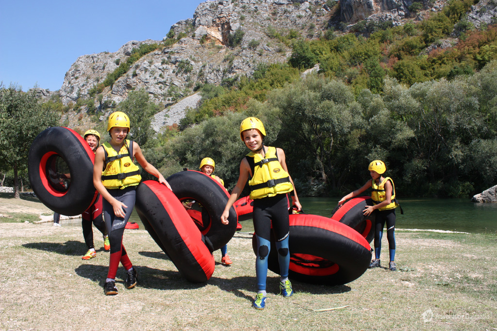 River tubing is a great family adventure, departures from Split city center